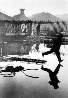 Henri-Cartier-Bresson-Puddle